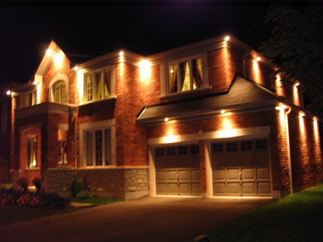 Outdoor Recessed Soffit Lighting Toronto Eavestroughing Led Recessed Soffit Lighting Potlights